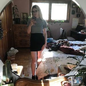 Poppin Forever 21 LBD with the stripe tee S